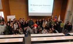 Programa de inclusión en Douc - todos los asistentes en conjunto con Comunica Consultora